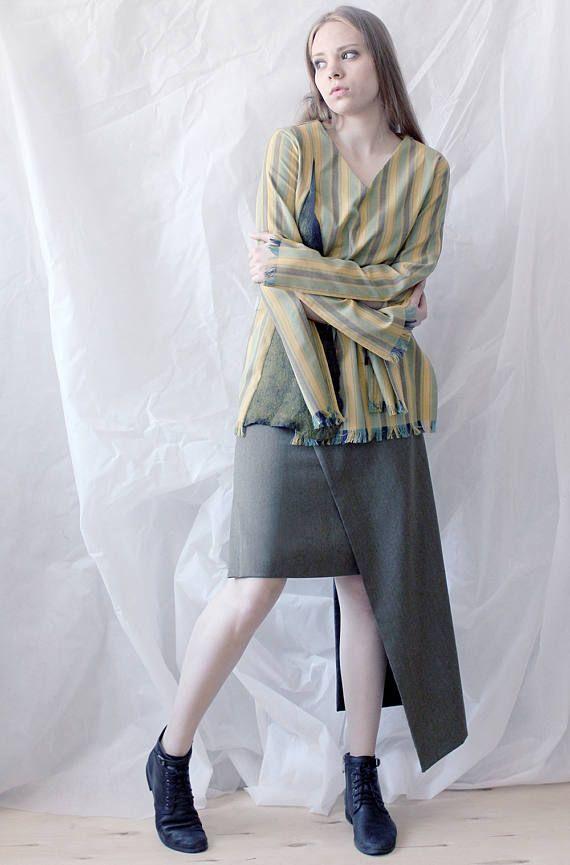 Tight skirt to mid-knee Asymmetrical fashion skirt Narrow