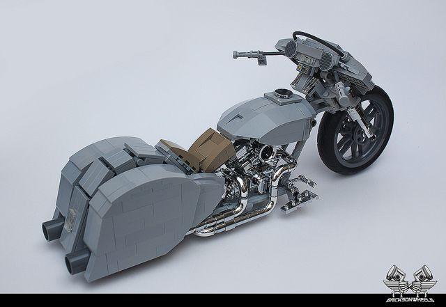 Harley Davidson Custom 'Ratted' Bagger in Lego 1/10 | by bricksonwheels