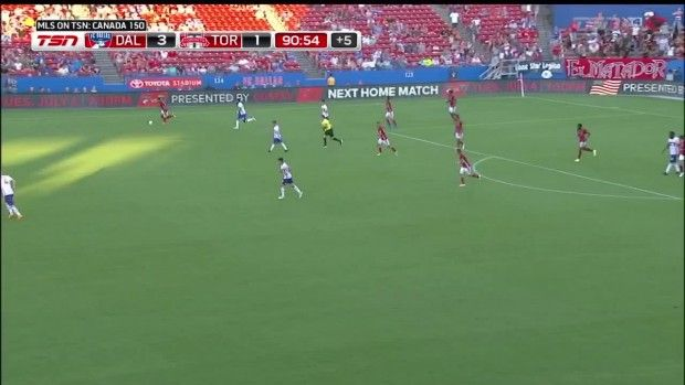 #MLS  YELLOW CARD: Tesho Akindele gets a yellow card in stoppage time