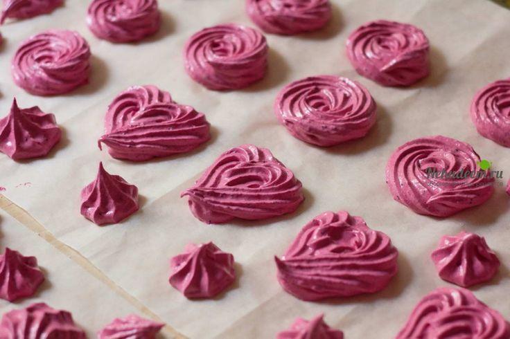 Сегодня делимся с вами рецептом нежного, вкусного домашнего <b>черносмородинового зефира</b>. Он может стать прекрасным угощением для детей и взрослых, а ...