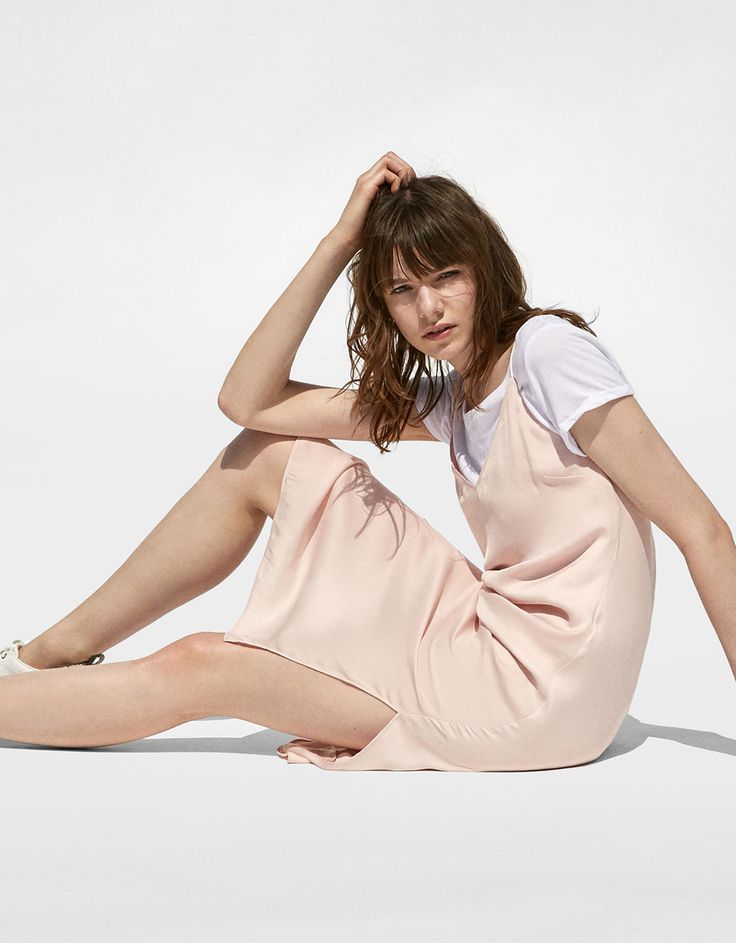 Open-sided satin dress. Discover this and many more items in Bershka with new products every week