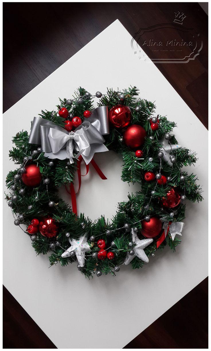Новогодний венок своими руками, красный с серебром, handmade, веночек на дверь, новогодний декор, ручная работа Алины Мининой https://vk.com/alinaminina_toys