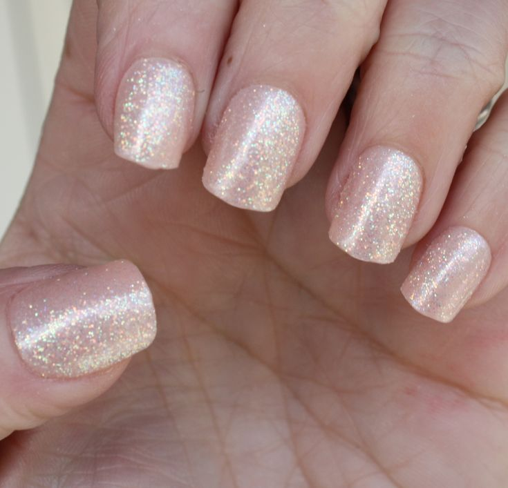 "KISS Press on manicure - ""Shimmer"""