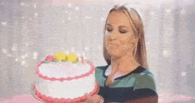 GIFs: Cake Is Love, And We Cake You