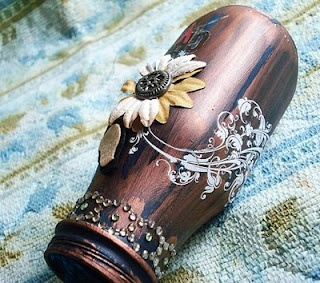 Altered Starbucks Bottle. Cute! Maybe do stuff like this with Snapple bottles to, eh?