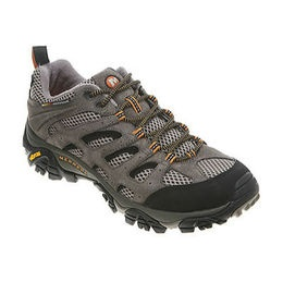 Hitting the trails anytime soon? Check out our list for the top cheap hiking boots & shoes!