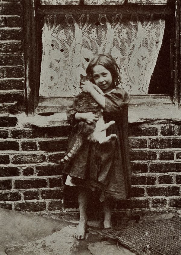One of a series of photos in a collection known as the Spitalfields Nippers of 1912 as photographed by Horace Warner. (http://spitalfieldslife.com)