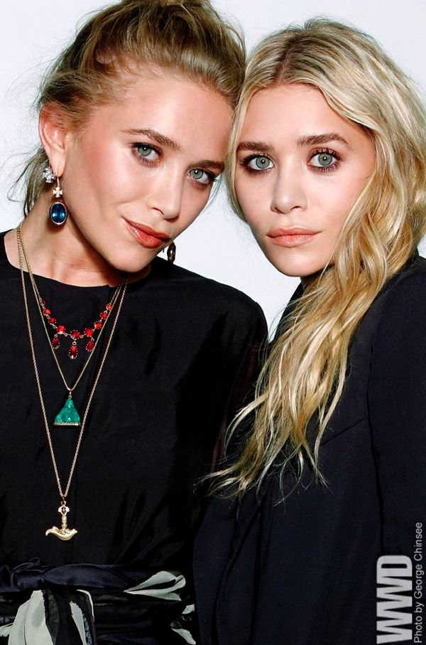 MKA MARY KATE ASHLEY OLSEN CFDA 2012 AWARDS PORTRAIT DROP EARRINGS LAYERED NECKLACES