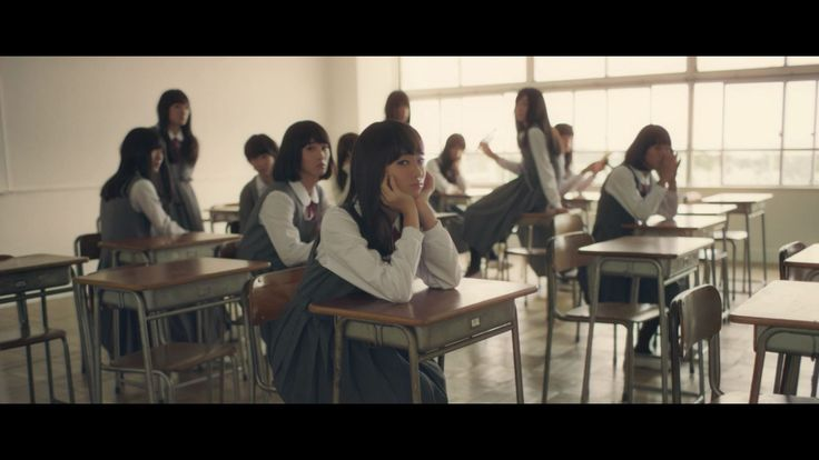 謎めく女子高の教室。この教室には、ある秘密が隠されている・・・?