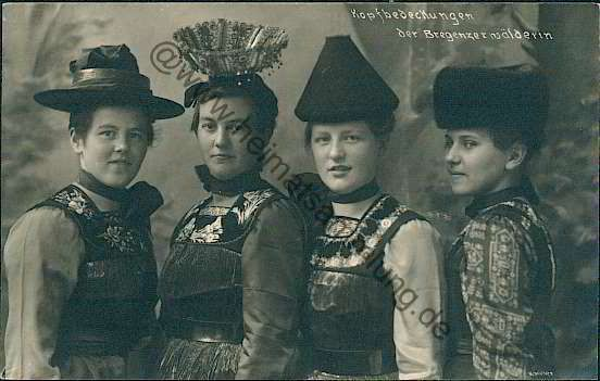 Flügelhaube | traditional #costume #tracht | traditional | Pinterest | Costumes and ...