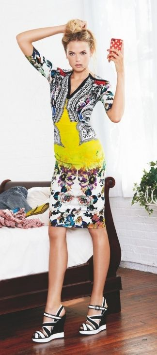Gabriella Wilde ♥ Printed dress