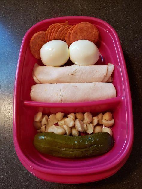 Hunderte von Rezepten und Ideen für ein kohlenhydratarmes Keto-Mittagessen