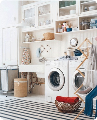 love this laundry room... maybe laundry would be more fun in here...