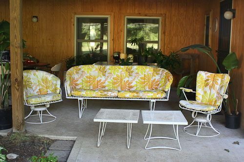 Homecrest 1960s patio space I have a glider, but need some fitted cushions for it!