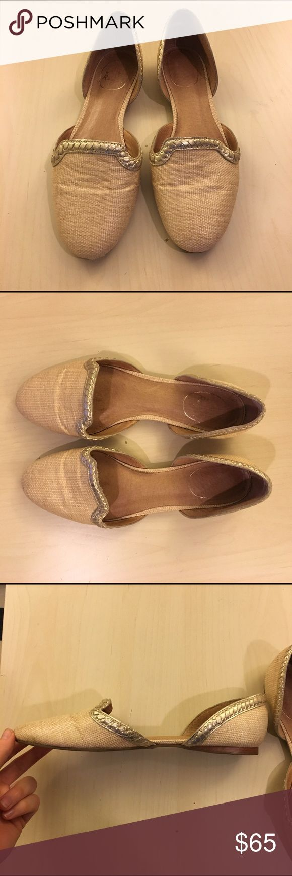 Lightly worn Size 8 woven jack Rogers flats Lightly worn jack Rogers flats. Woven tan and gold accents. Genuine leather interior. Jack Rogers Shoes Flats & Loafers