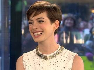 LOVE the Anne Hathaway pixie cut!! And the color too!