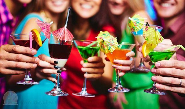 Christmas-Cocktails-and-Mocktails1.jpg (645×380)