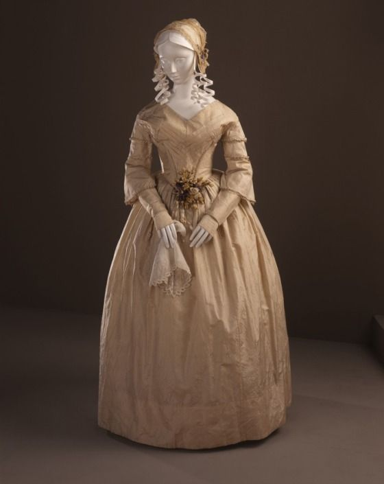 1841-1843 ca.  Woman's Dress (Wedding) American. collections.lacma.org   suzilove.com