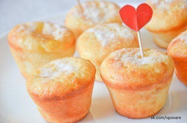 Творожные кексы с заварным кремом и персиковым джемом / Вкусные привычки