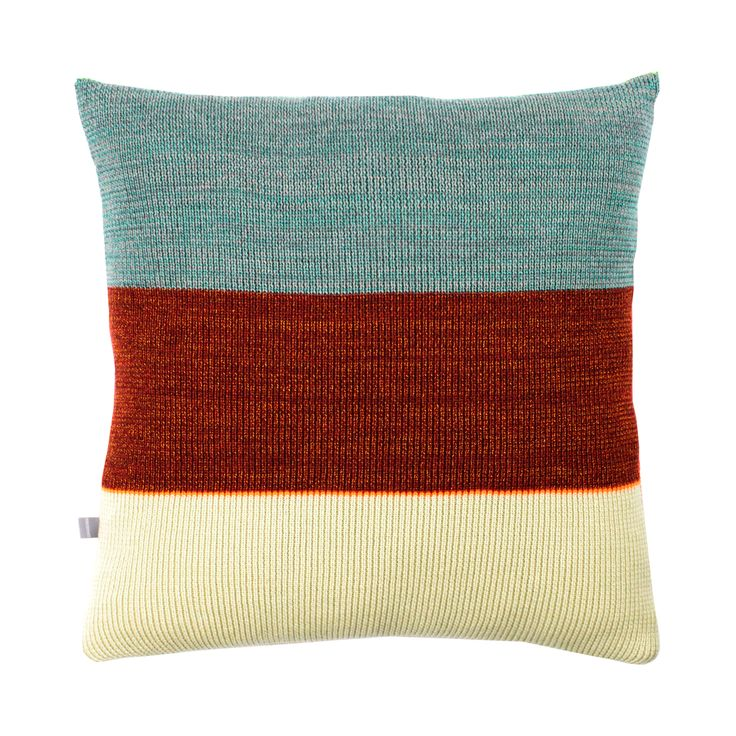 Strictly Knit Cushion 2-002-006  Product materials: 95 % wool / 3 % viscose / 2% pl. Dimensions: 45x45 cm (18x18 inch). Care: Clean or hand wash at 30c degrees (86f).