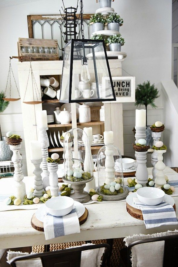 17 best images about tablescapes on pinterest gold for Dining room tablescapes ideas