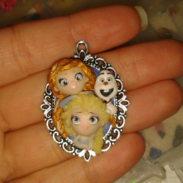 #handmadeart#cute#love#disneyart#doll#disneyfilm#instalike#elsa#frozeninspired#fimodoll#disneyinspired#fimoart#fimolove#follow#fimopassion#sirascreations#fimo#little#olaf#like#frozen#instafollow#cutesirascreations#handmade#disneycharacter#disneyfanart#cutie#anna