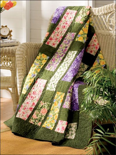 Quilting - Holiday & Seasonal Patterns - Fat Quarter Floral Throw