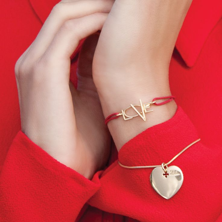 Special love declaration - LOVE bracelet on red string. #lilou #love #goldplated #bracelet #valentinesday