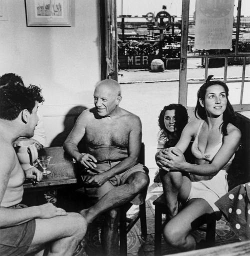 Françoise Gilot with Pablo Picasso, 1951. Photo by Robert Capa.