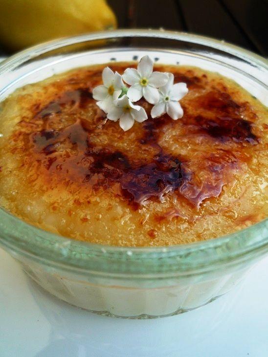 Limoncello crème brûlée of citroen crème brûlée. 1 recept, maar limoncello voeg je laat toe en kun je uit de portie voor kinderen / zwangeren laten.