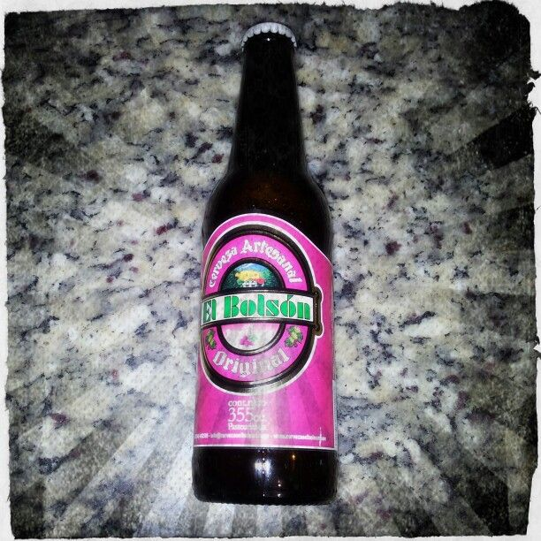Cerveja com framboesa. Beer with Raspberry.  Made in Argentina.