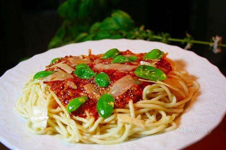 Bolonské špagety • recept • bonvivani.sk