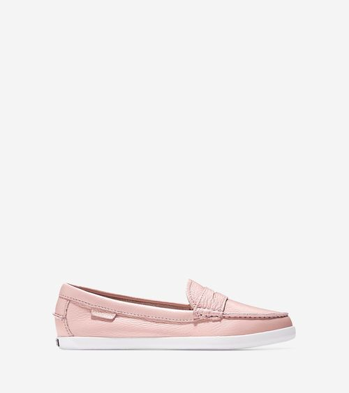 The Pinch Weekender Loafer features penny keeper detail for a modern take on  a classic silhouette.