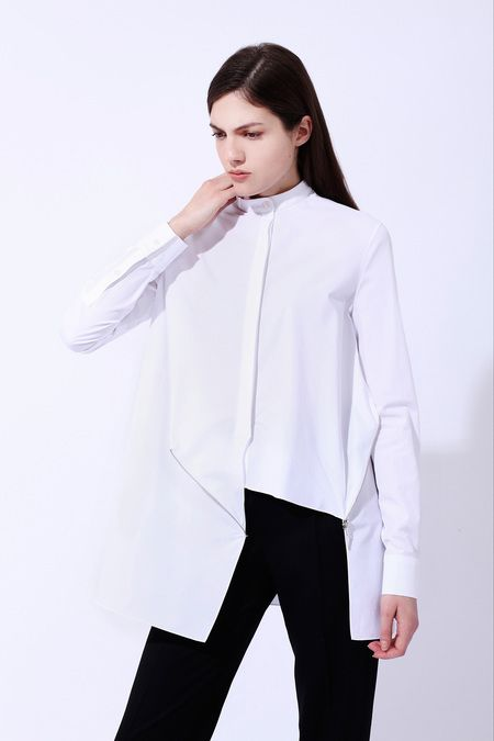 White Shirt with Black Pant, Classic. Inspiration_Lia Di Gregorio Style