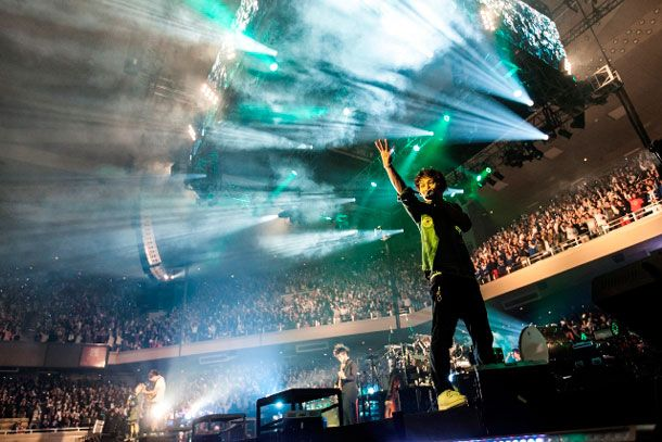Uverworld performing live. I would love to see them in the UK!!