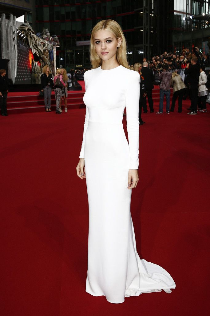 Nicola Peltz in Stella McCartney