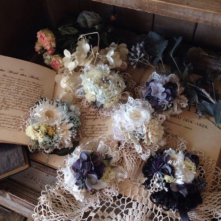 まん丸の お花コサージュ… オリジナルアクセサリー コサージュ