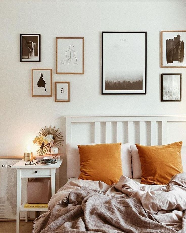 30+ Splendid Gallery Wall Ideas For Bedroom