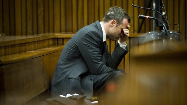 Ex-vriendin Oscar Pistorius getuigt in tranen | NU - Het laatste nieuws het…