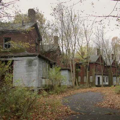 Vacant Officers' houses in an abandoned Fort in the Northeastern US during WWI and WWII, also serving as Italian POW camps