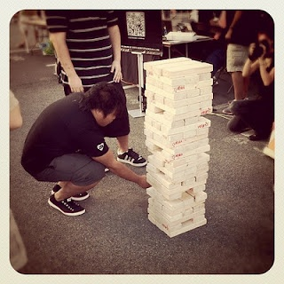 oversized jenga teambuilding (with math problems)