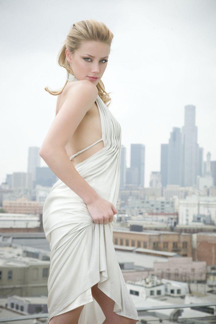 Amber Heard Hot Bikini Image, Amber Heard Hot Bikini Image Gallery, Amber Heard…