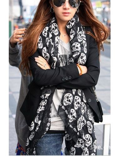 Long Cool Big Skull Cotton Black Scarf Shawl Hot- emblazoned with a skull and crossbones pattern| Scarf | Accesories | StringsAndMe