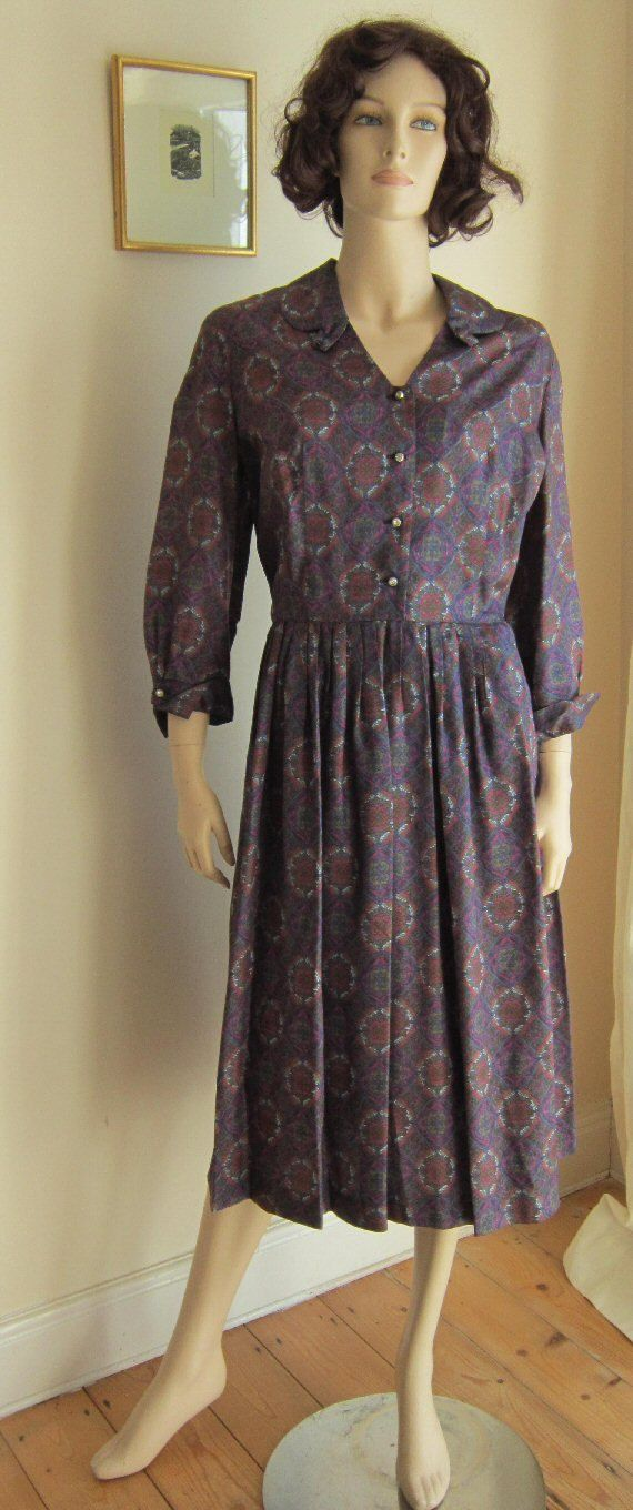 Vintage 50s dress Town and Country pleated full skirt changeable neckline Bust 42 PLUS SIZE