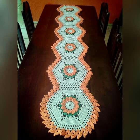 M s de 1000 im genes sobre camino o mantel para mesa en for Camino de mesa elegante en crochet