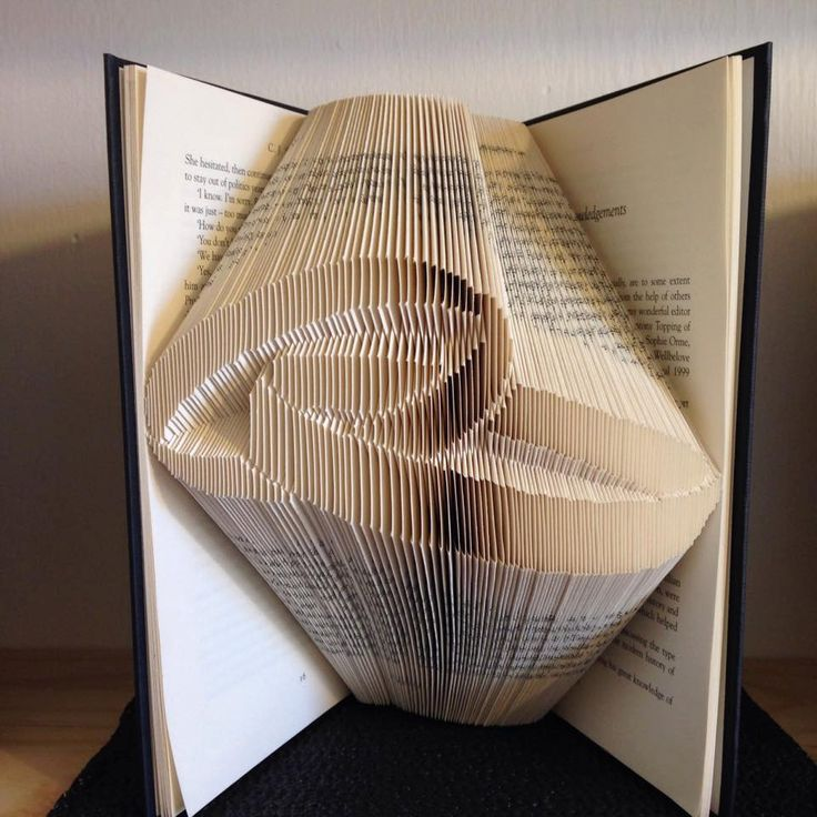 Book Folding Pattern For A Set Of Wedding Rings Wedding