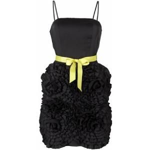 Diverse satijnen jurken op www.shopwiki.nl #jurken #satijn