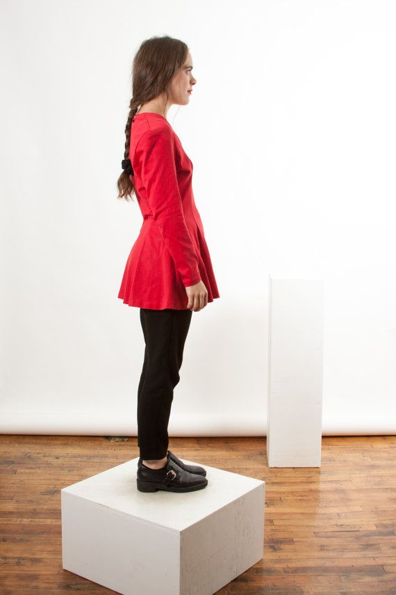 Long Sleeve Pleated Tunic / Red Zip-Up Dress / par LesOubliettes