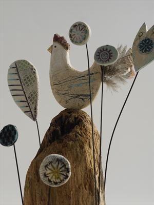 Hen on high - Shirley Vauvelle