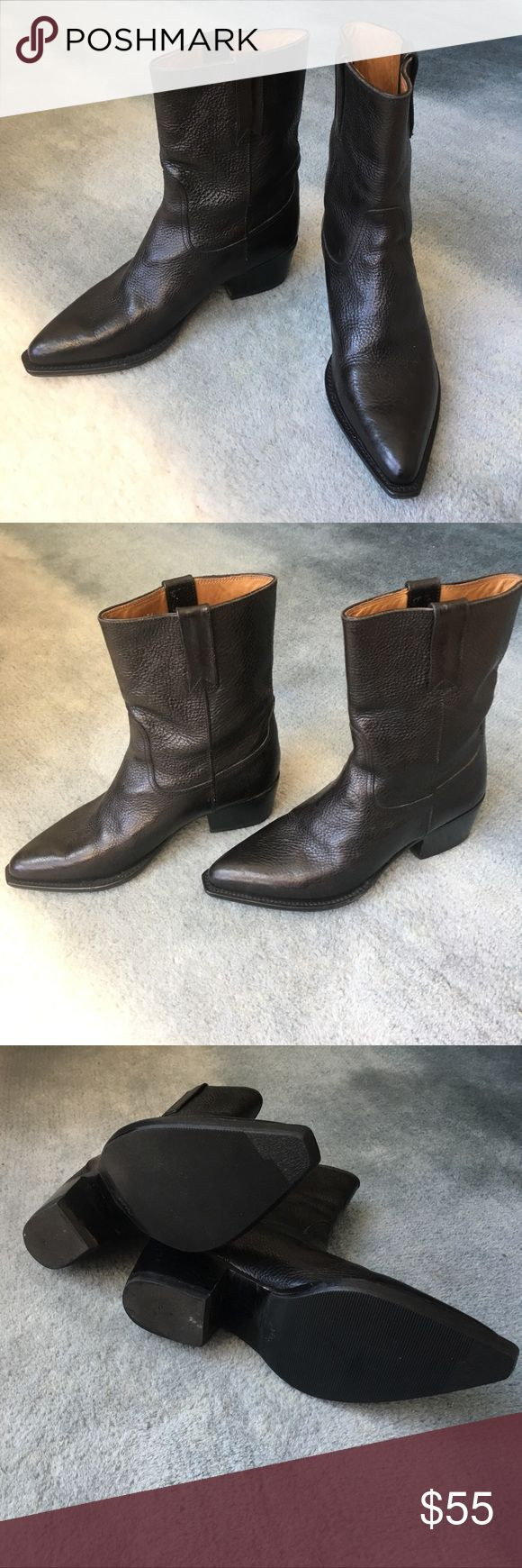 Cole Haan Country Cowboy Boots, 37 B These pebbled black leather boots are by Cole Haan Country. I have the brown pair & love them. For some reason these just never worked into my wardrobe. I maybe wore them 5 times (see soles).                                   Fit true to size.                                                               From a clean, non-smoking home. No box. Cole Haan Shoes